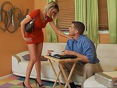 Blonde Blowjob Housewife Mature