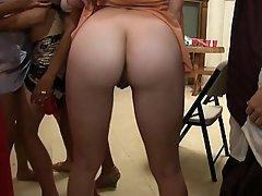 Amateur Babe Big Tits Brunette