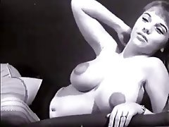 Amateur Babe Big Boobs Vintage