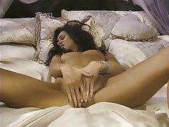 Masturbation MILF Brunette