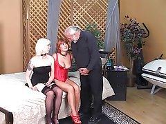 Threesome MILF Blonde Redhead