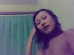 Amateur Asian Babe Handjob