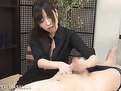 Amateur Asian Babe Cumshot