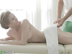 Amateur Big Ass Big Tits Blowjob Massage