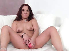 Amateur Toys Masturbation Casting