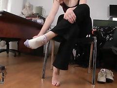 Amateur Babe Ebony Casting Feet