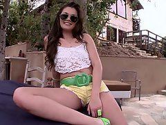 Babe Brunette Reality Cute