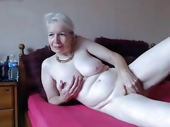 Amateur Granny Webcam
