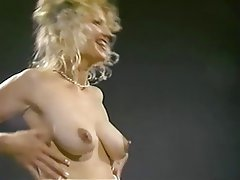 Babe Big Boobs Blonde Nipples
