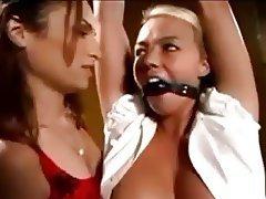 BDSM Lesbian Strapon