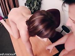 Asian Babe Blowjob Cumshot