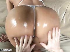 Amateur Babe Big Ass Blowjob