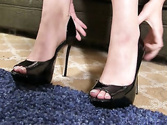 Babe Ebony Feet Fetish
