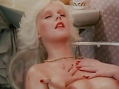 Hairy MILF Shower Vintage