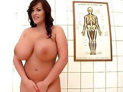 Big Boobs British Close Up Pornstar