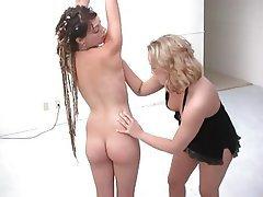 Bondage Lesbian