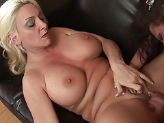 Big Boobs Cunnilingus Lesbian