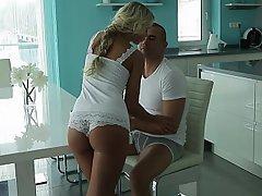 Babe Beauty Blonde Blowjob