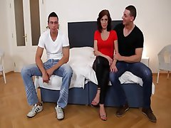 Anal Bisexual Blowjob Threesome