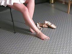 Amateur Babe Close Up Foot Fetish