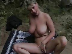 Amateur French Masturbation MILF