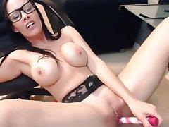 Amateur Babe Big Boobs Webcam