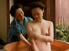 Amateur Japanese Lesbian Old and Young