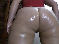 Amateur Big Butts Small Tits Webcam