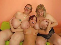 BBW Big Boobs Big Butts Skinny Strapon