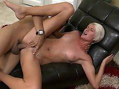 Babe Blonde Cumshot Fucking