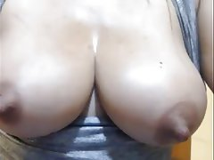 Big Boobs MILF Nipples Squirt