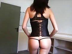 Amateur Babe German Handjob