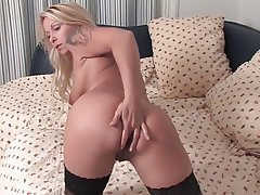 Blonde Masturbation Mature MILF