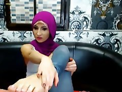 Amateur Arab Foot Fetish Webcam