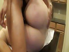 Amateur BBW Lesbian Strapon