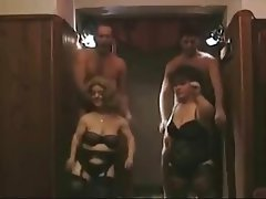 Amateur Group Sex Midget Swinger