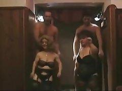 Amateur Group Sex Midget Swinger