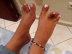 Amateur Brunette Foot Fetish