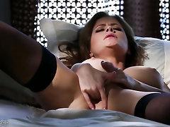 Babe Big Tits Ebony Stockings