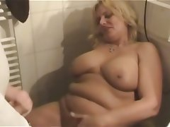 Amateur BBW German Masturbation