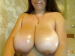 Amateur BBW Massage Nipples