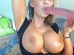 Amateur Big Boobs Blonde Webcam