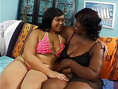 Lesbian BBW Brunette Mature