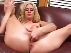 Amateur Blonde Masturbation MILF Squirt
