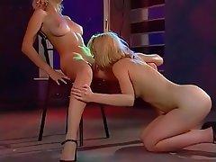 Cunnilingus Lesbian Masturbation Russian