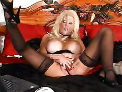 Big Boobs Blonde Masturbation