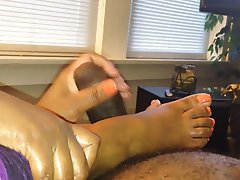 Cumshot Foot Fetish Handjob Mature
