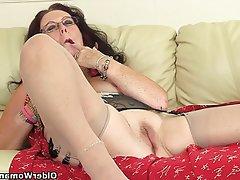 British Granny Mature MILF Stockings