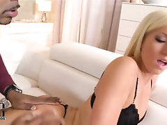 Babe Blowjob Ebony Interracial