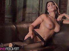 Babe Big Boobs Brunette Masturbation